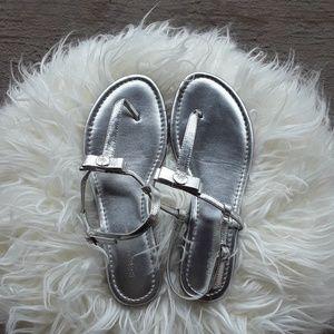 BCBG Kendal silver sandals w/ bow NWT